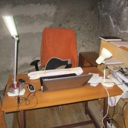 anti-reflective glare free computer lighting - 2 desk lamps 1