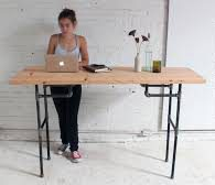 anti-sedentary-life-tired-eyes-photophobia-diy-standing-desk-1